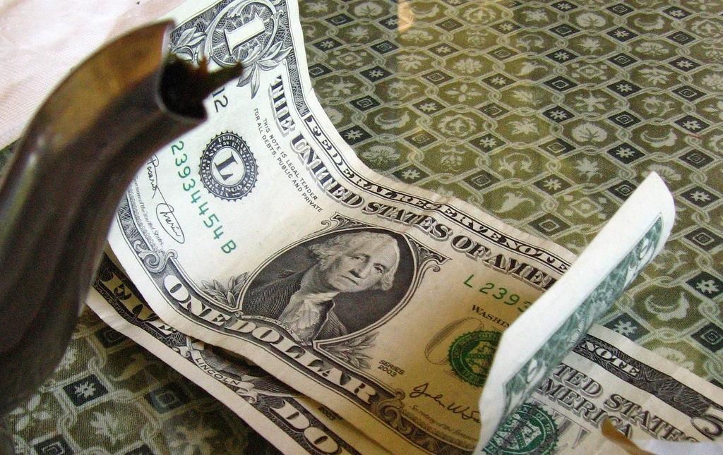 必ずお金が貯まる?私が取り組んでいる1日2000円生活とは!?