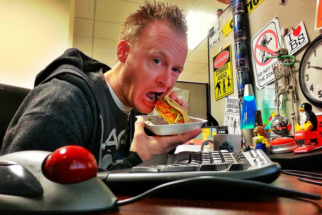 photo credit: Taco Tuesday at the office. Geek at work. #cubicle #cubelife #office #officelife #desk #geek #programmer #software #developer #desktoys #hardlyworking via photopin (license)